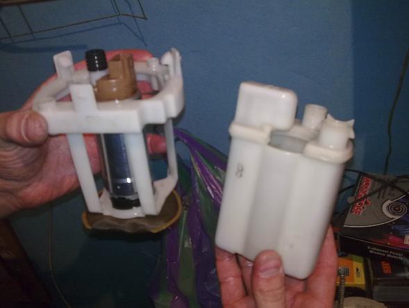 как поменять топливный фильтр на киа церато 2011