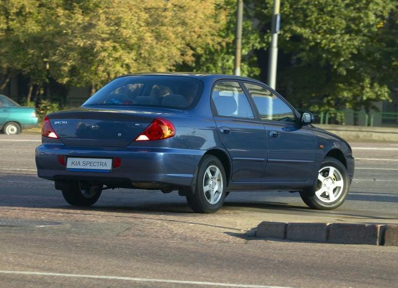 Киа Спектра - это идеальный автомобиль для тех, кто хочет приобрести