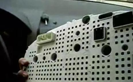 как поменять лампочки в панели приборов на киа спектра